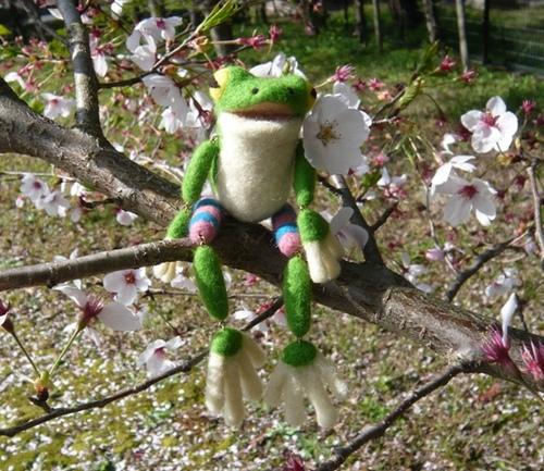 ぶらぶら蛙