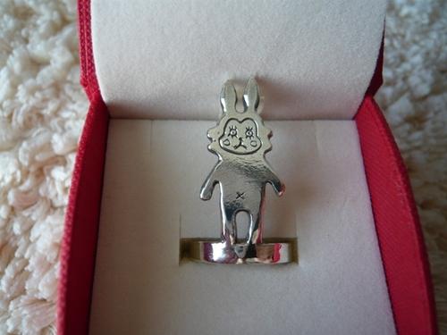 ぶさぎの指輪